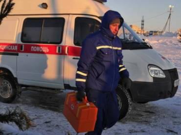 Зимние погружения Нефтеюганцев под контролем скорой помощи.